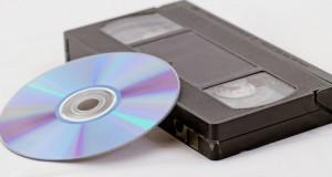 VHS Kassetten und DVD ergänzen sich perfekt: Digitalisierte VHS-Filme lassen sich am besten auf DVD speichern.